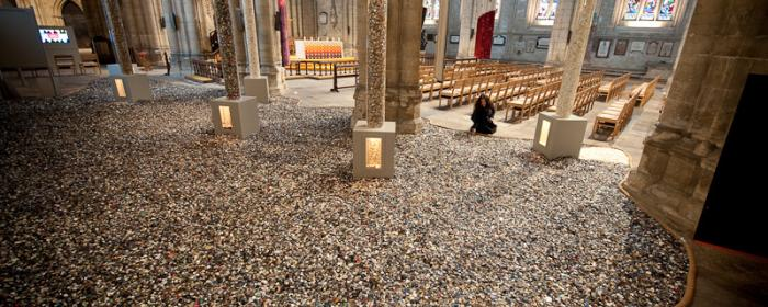 6 million+ Buttons: Rippon Cathedral